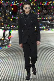 Dior Homme Spring 2017 Menswear Look 17