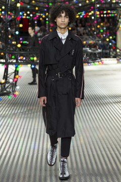 Dior Homme Spring 2017 Menswear Look 20