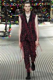 Dior Homme Spring 2017 Menswear Look 21