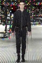 Dior Homme Spring 2017 Menswear Look 22