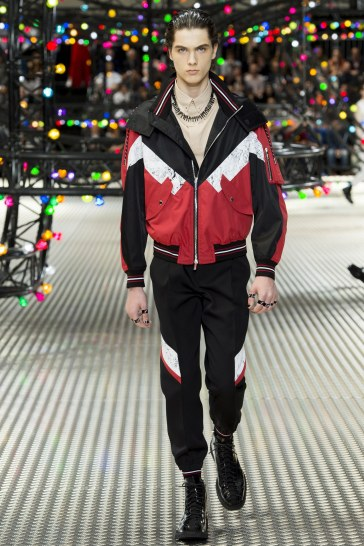 Dior Homme Spring 2017 Menswear Look 26