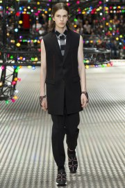Dior Homme Spring 2017 Menswear Look 3
