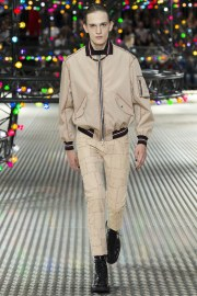 Dior Homme Spring 2017 Menswear Look 30