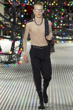Dior Homme Spring 2017 Menswear Look 31