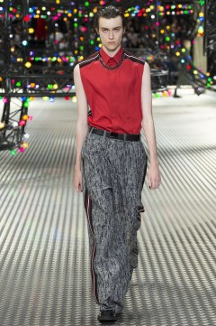 Dior Homme Spring 2017 Menswear Look 32