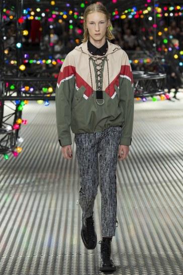 Dior Homme Spring 2017 Menswear Look 39