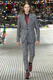 Dior Homme Spring 2017 Menswear Look 40