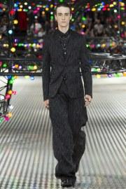 Dior Homme Spring 2017 Menswear Look 48