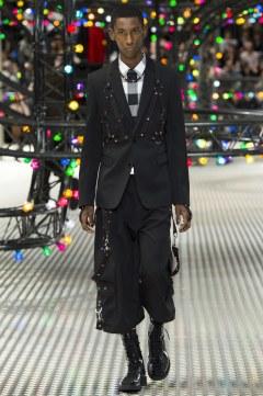 Dior Homme Spring 2017 Menswear Look 7