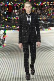 Dior Homme Spring 2017 Menswear Look 8