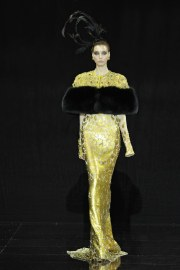 Guo Pei Fall 2016 Couture Look 11