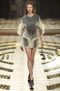 Iris van Herpen Fall 2016 Couture Look 5