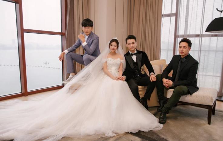 Michelle Chen in Alberta Ferretti & Chen Xiao in Dolce & Gabbana