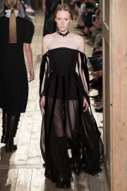 Valentino Fall 2016 Couture Look 14
