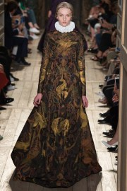 Valentino Fall 2016 Couture Look 34