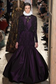 Valentino Fall 2016 Couture Look 35