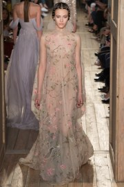 Valentino Fall 2016 Couture Look 37