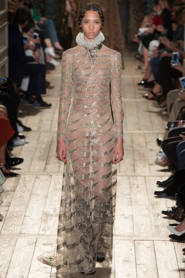 Valentino Fall 2016 Couture Look 38