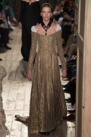 Valentino Fall 2016 Couture Look 42