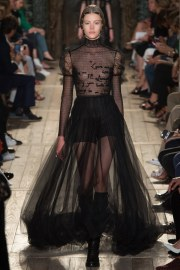 Valentino Fall 2016 Couture Look 49