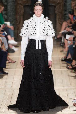 Valentino Fall 2016 Couture Look 5