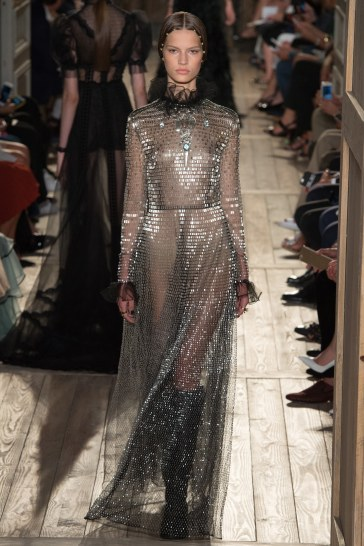 Valentino Fall 2016 Couture Look 51