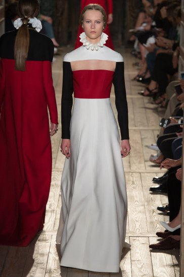 Valentino Fall 2016 Couture Look 57