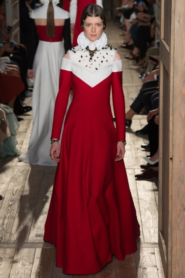 Valentino Fall 2016 Couture Look 58