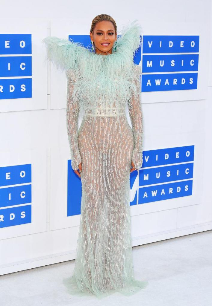 Beyonce in Francesco Scognamiglio Fall 2016 Couture