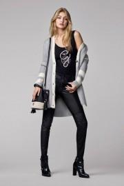 Gigi Hadid X Tommy Hilfiger Collection-10