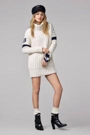 Gigi Hadid X Tommy Hilfiger Collection-5