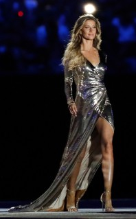 Gisele Bündchen in Alexander Herchovitch for Rio Olympics Opening-4