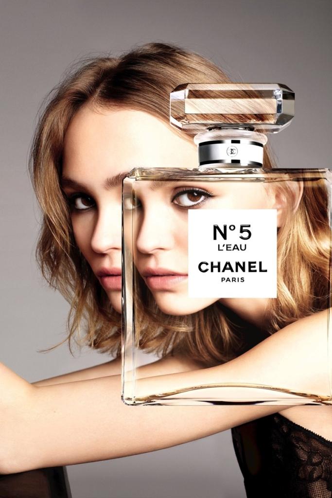 Lily-Rose Depp Chanel No 5 L'eau perfume campaign