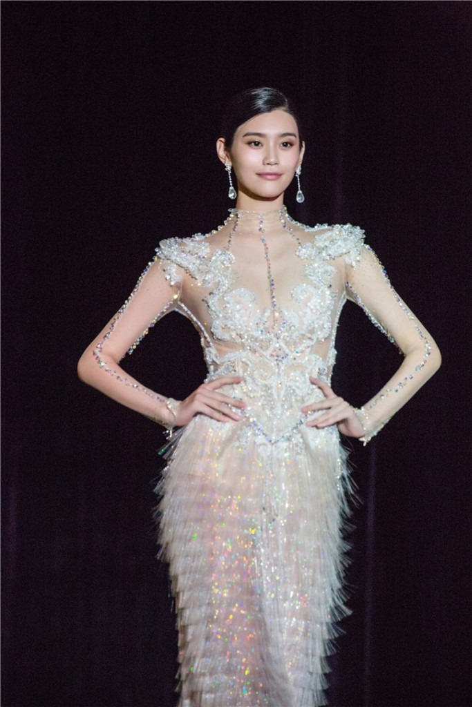 Ming Xi in Guo Pei Spring 2016 Couture