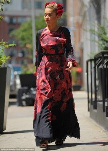 Rita Ora in Giambattista Valli Pre-Fall 2015 -2016.7.29-