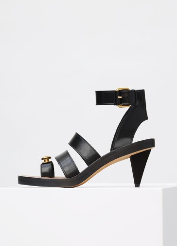 celine-hiker-sandal-toe-ring