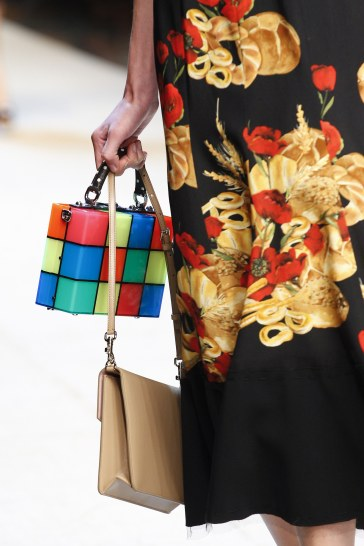 dolce-gabbana-spring-2017-handbag-4