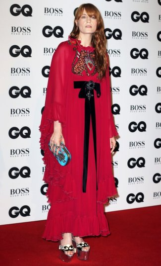 florence-welch-in-gucci-resort-2017-1