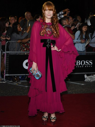 florence-welch-in-gucci-resort-2017-2