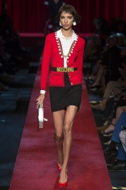 moschino-spring-2017-look-10