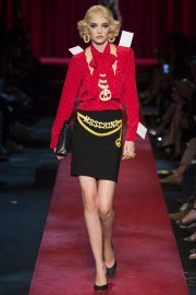 moschino-spring-2017-look-3