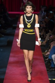 moschino-spring-2017-look-4