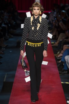 moschino-spring-2017-look-6