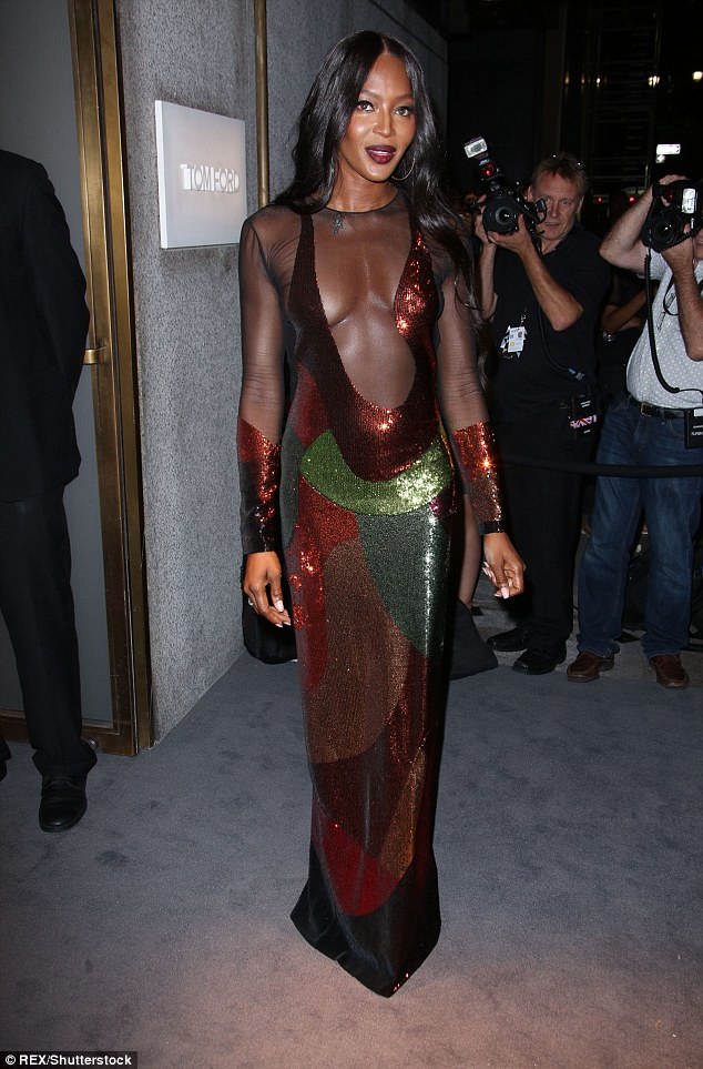 naomi-campbell-in-tom-ford-spring-2016