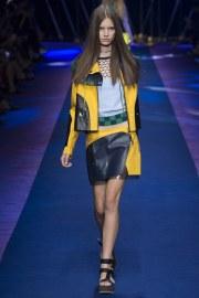 versace-spring-2017-look-14