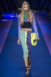 versace-spring-2017-look-15