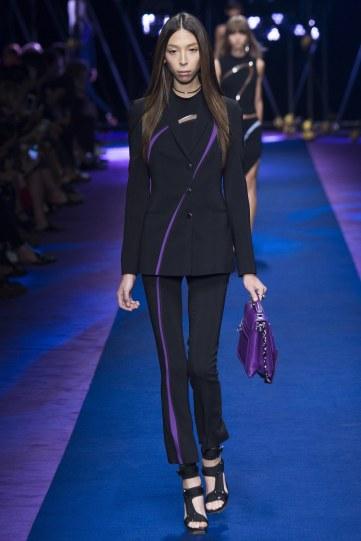 versace-spring-2017-look-18