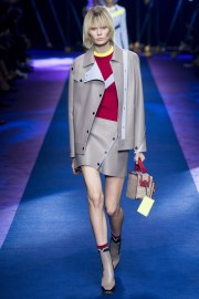 versace-spring-2017-look-23