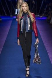 versace-spring-2017-look-30