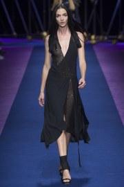 versace-spring-2017-look-47